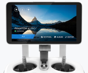 Phantom 4pro's Controller with inbuilt screen