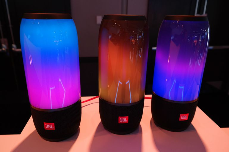 Jbl Launched 4 New Speakers Ces 2017 Gadgetbyte Nepal