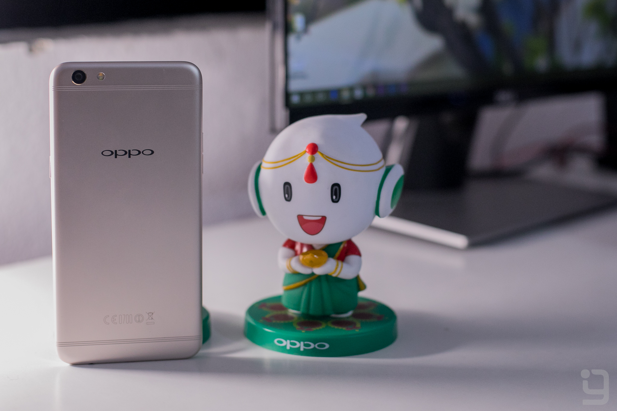Oppo F3 Plus performance metal body