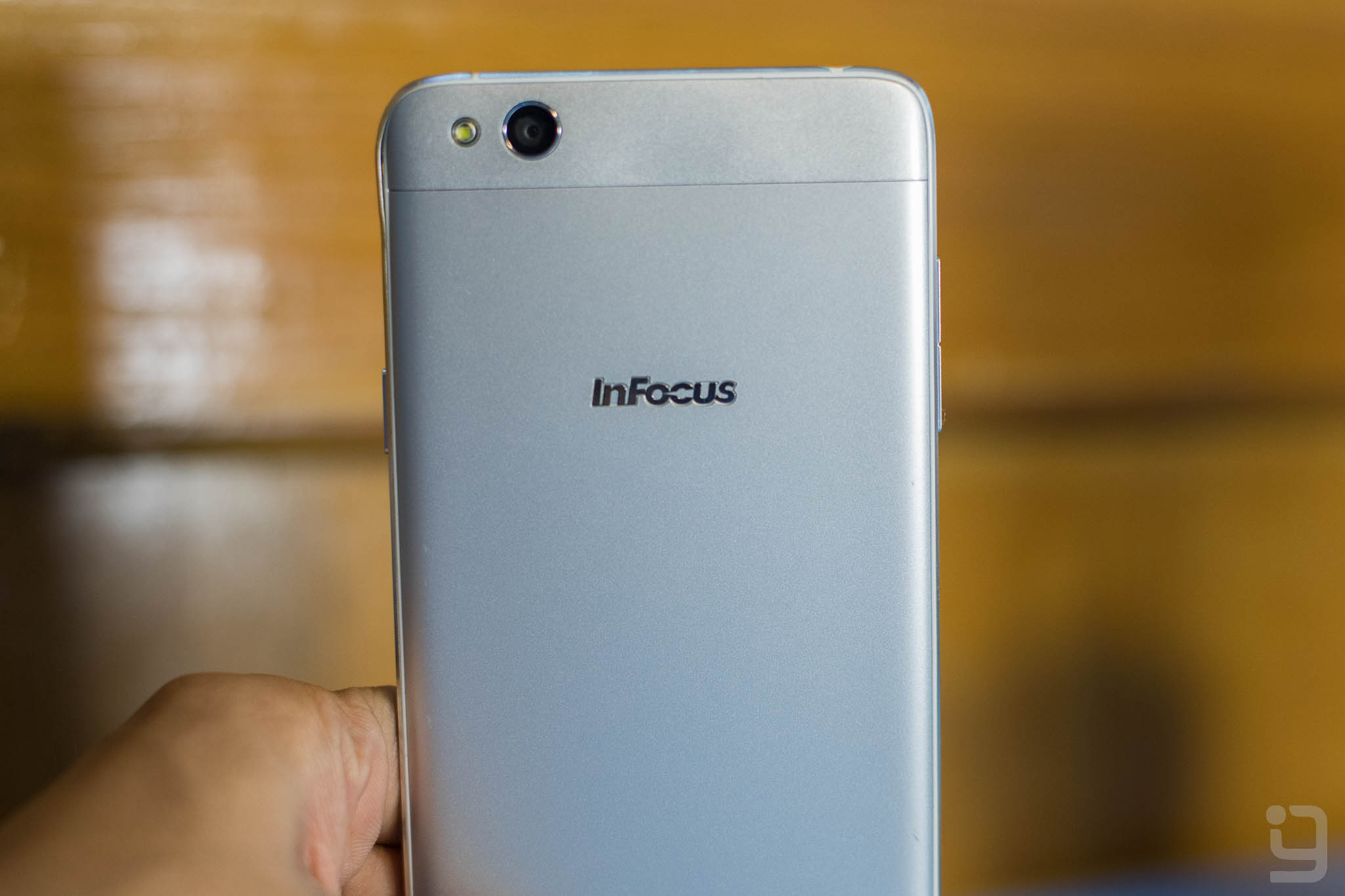 Infocus M535 Review: All About Looks – GadgetByte Nepal