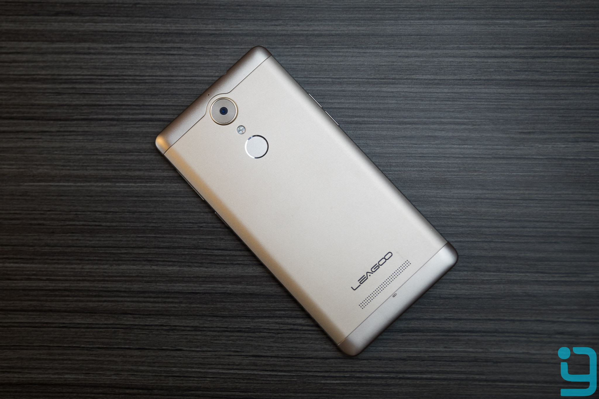 leagoo t1 design