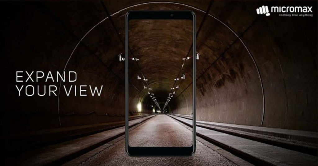 Micromax Canvas Infinity Feature   smartphone with Bezel-less display