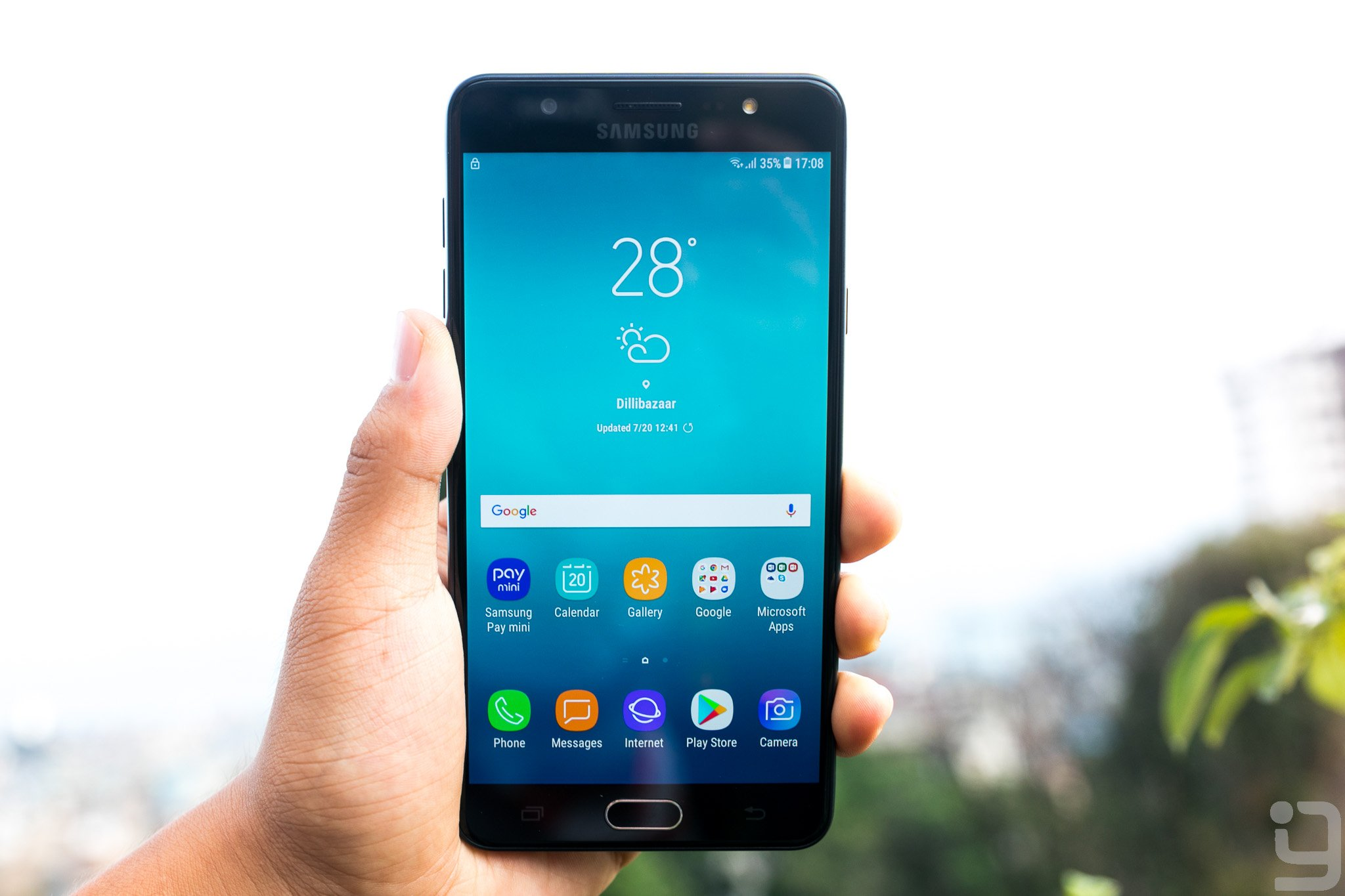 samsung galaxy J7 Max display review