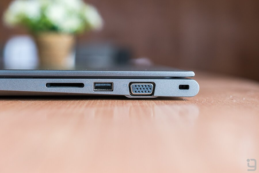 Dell Vostro 5468 review right side ports