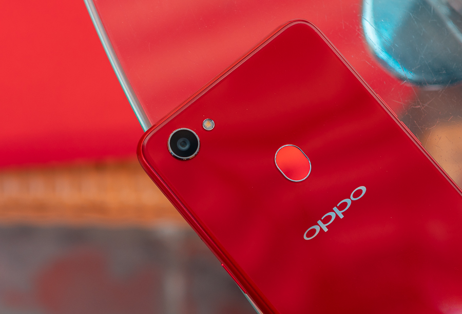 OPPO F7 REVIEW fingerprint