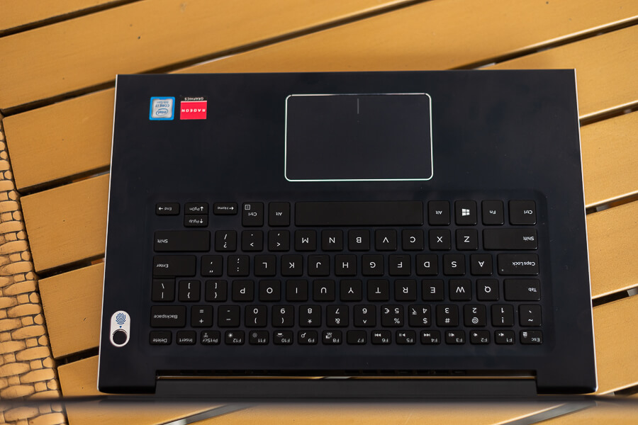 Dell Vostro 5471 keyboard and trackpad
