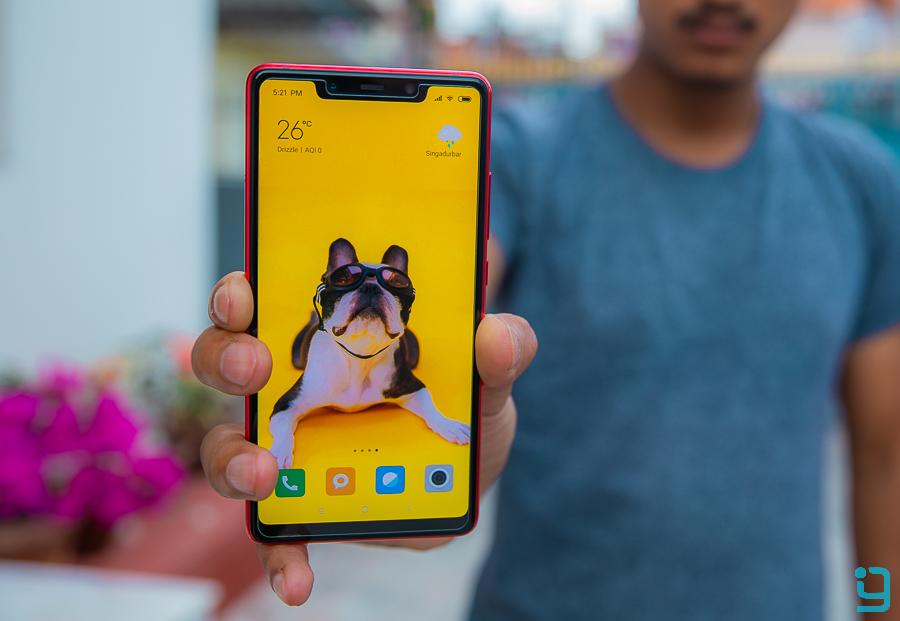 Xiaomi Mi 8 SE display