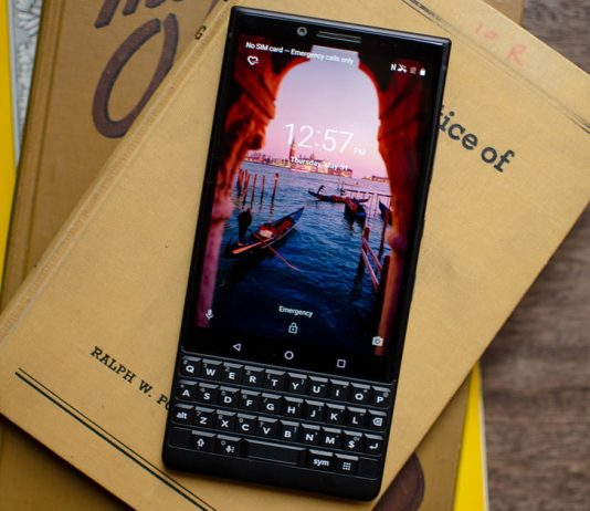 blackberry key 2 LE launched price specs