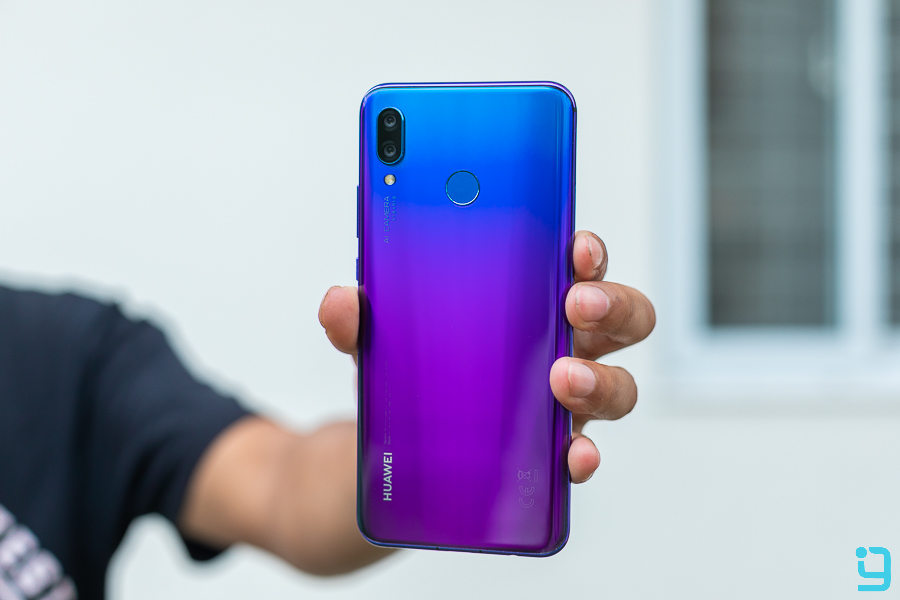 Huawei Nova 3 Design Review