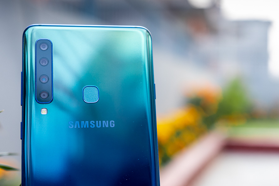 samsung galaxy a9 2018 rear camera