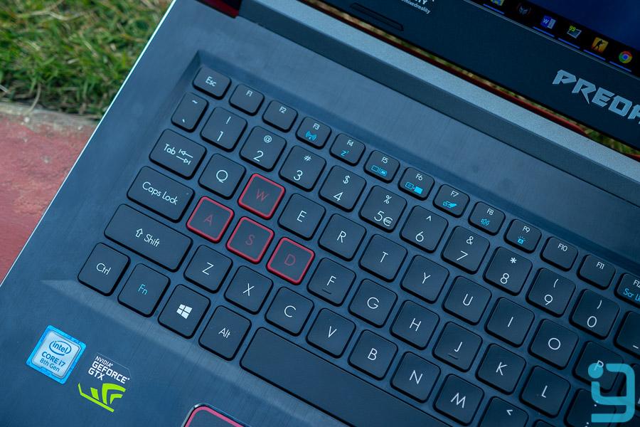 acer predator helio 300 2018 keyboard