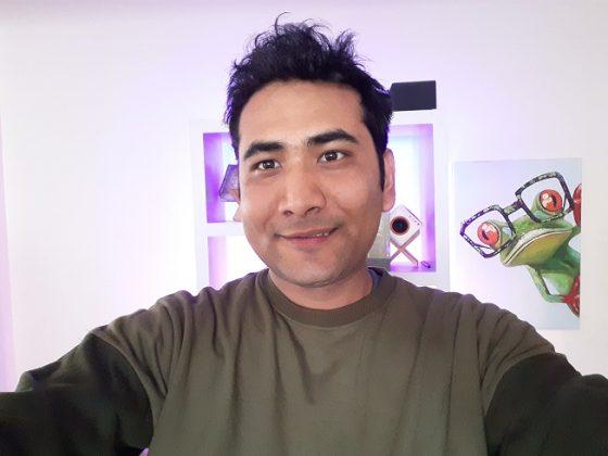 Galaxy M 20 normal selfie 1