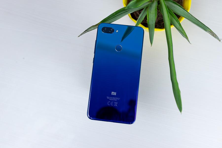 Xiaomi MI 8 Lite design