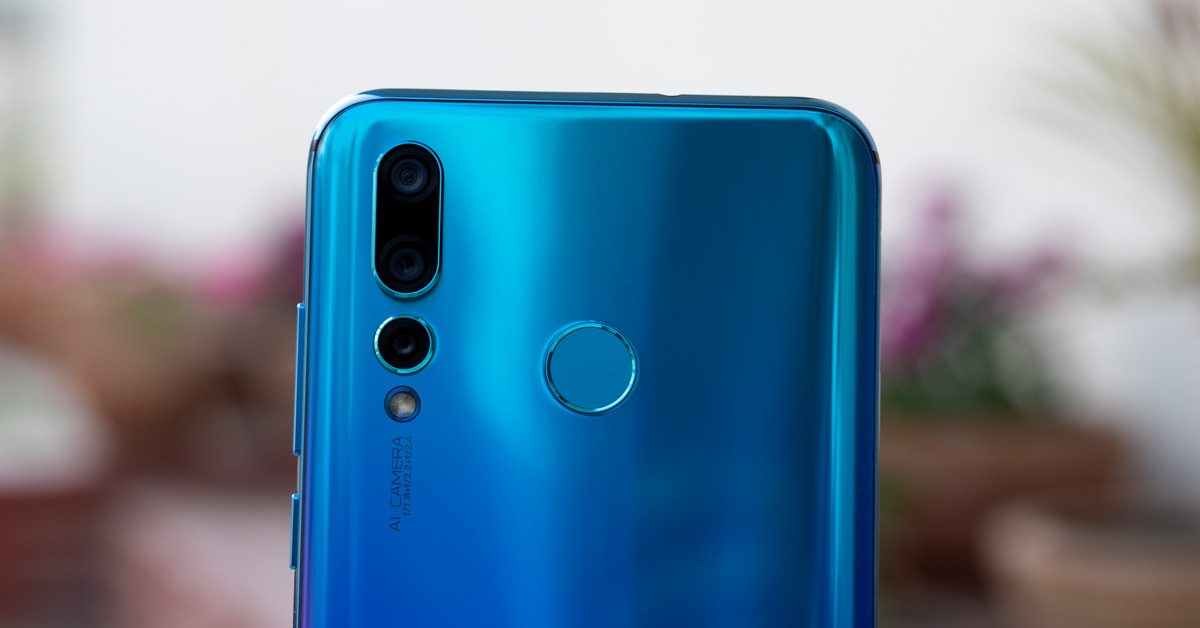 huawei nova 4 triple back camera