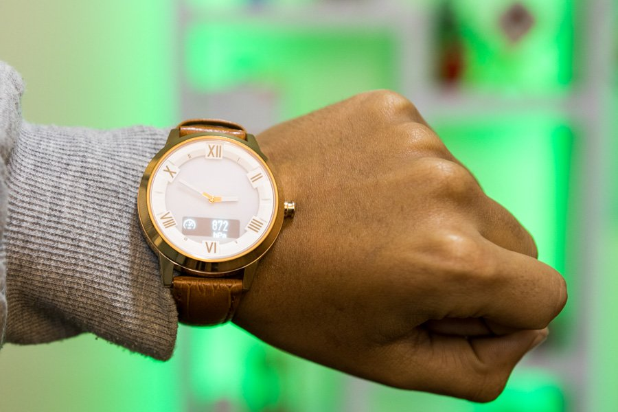 Lenovo Watch X Plus A Basic Smartwatch For A Basic Price Gadgetbyte