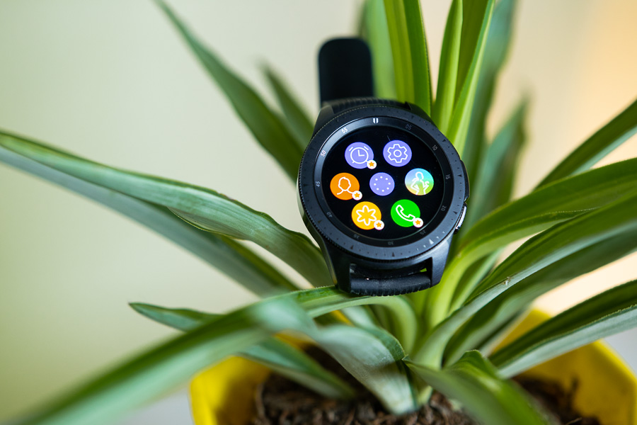 samsung galaxy watch display