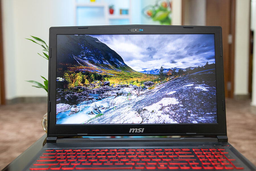 msi gl63 8se gaming laptop