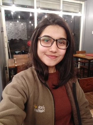 realme 2 pro selfie sample artificial lighting