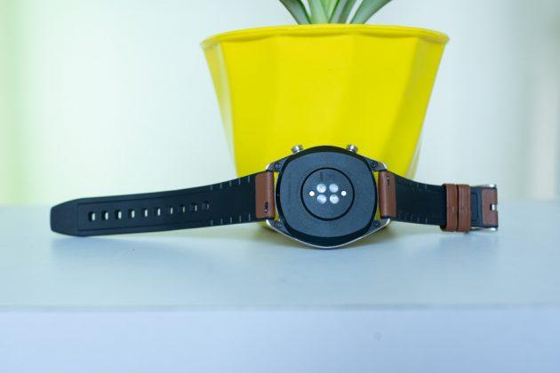 huawei watch gt underside