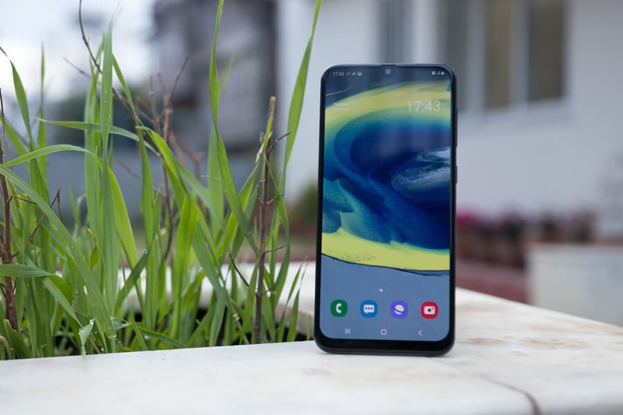 samsung galaxy a30 display