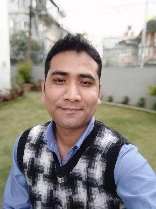 Xiaomi Redmi 7 Selfie Portrait 2