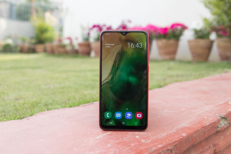 samsung galaxy a10 display