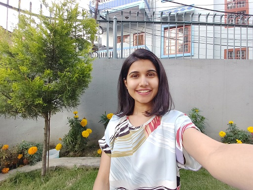samsung galaxy a80 camera sample wide angle selfie 1