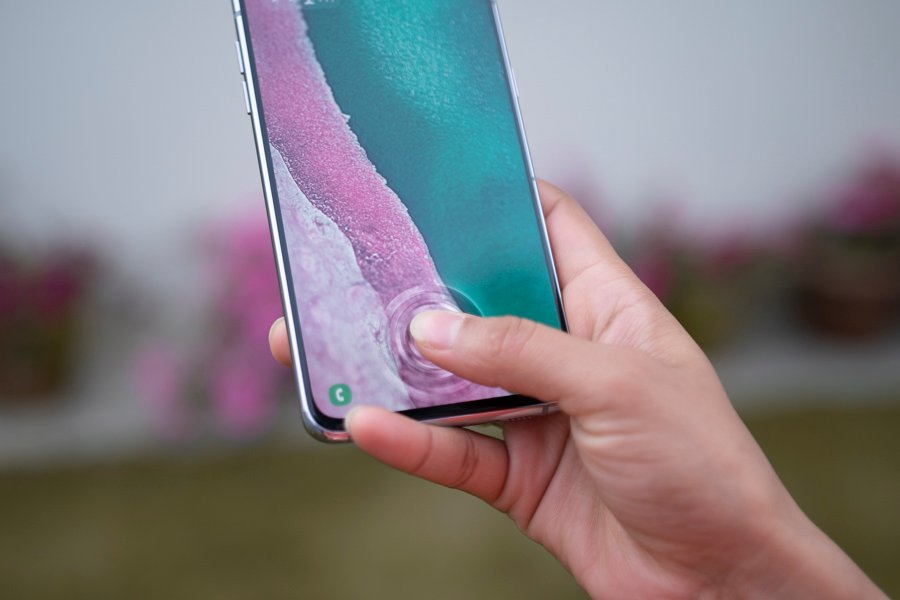 samsung galaxy a80 review finger print sensor