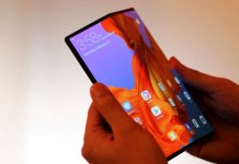 Huawei Executive seen using Mate X, hinting September release date