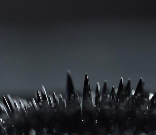 liquid magnet | wireless fluid robots