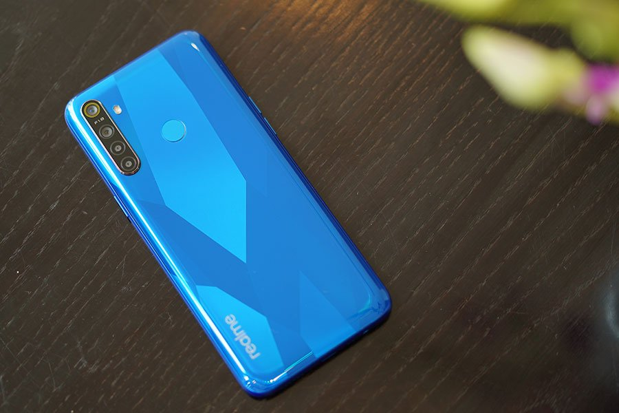 realme 5 launched price specifications design