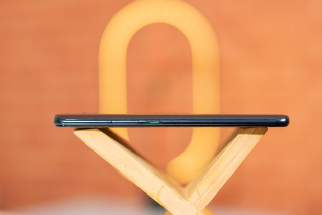oppo reno 2f review buttons
