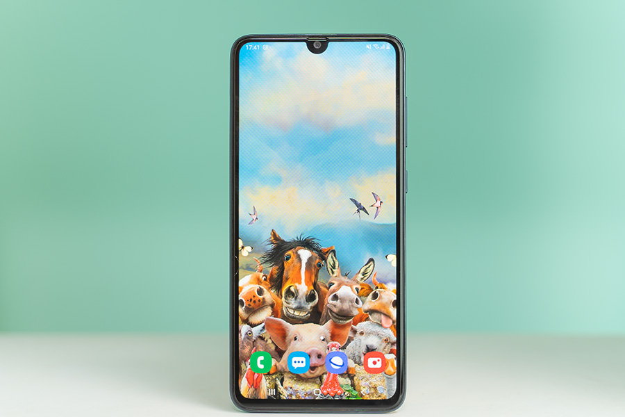 samsung galaxy a70s display front