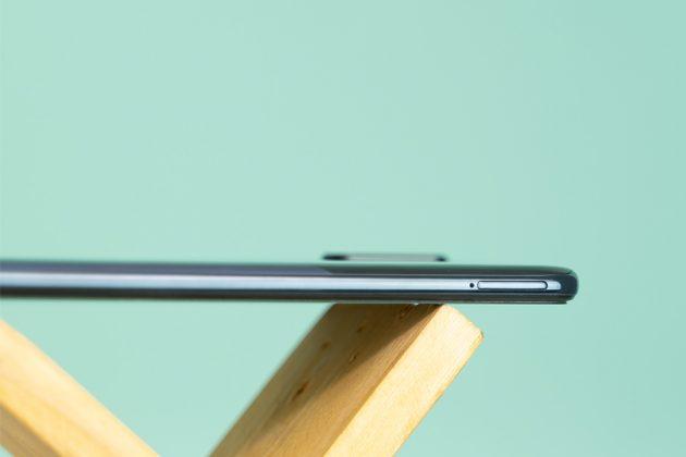 Samsung Galaxy A70s SIM Slot