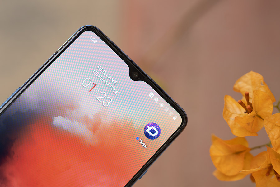 OnePlus 7T Front Camera 1