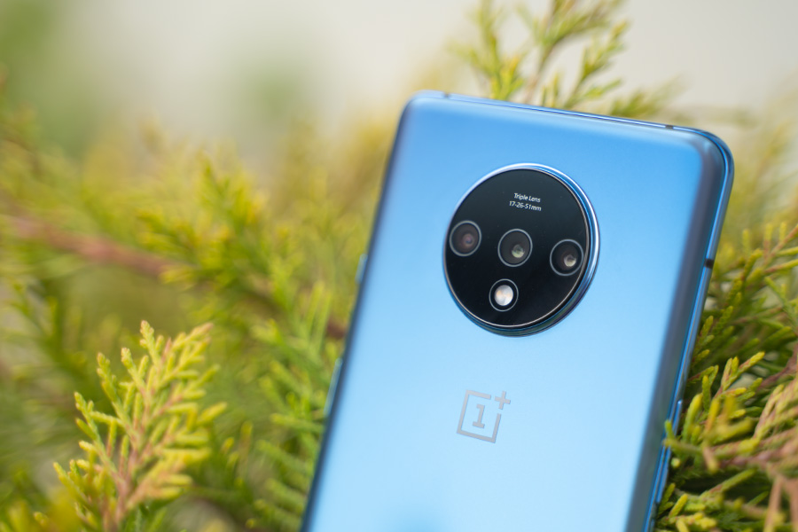 OnePlus 7T Triple Rear Cameras 2