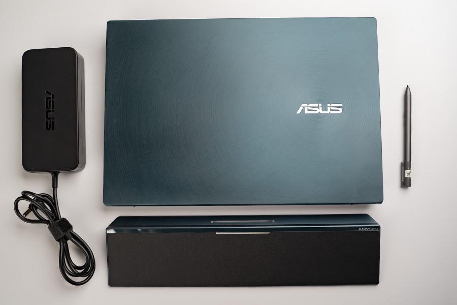 ASUS ZenBook Pro Duo Complete Accessories