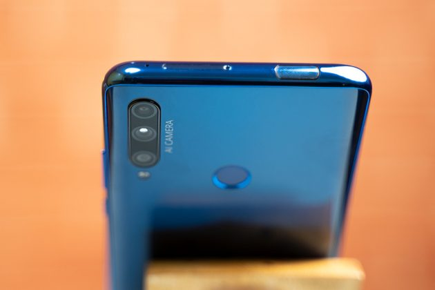 Honor 9X Top view