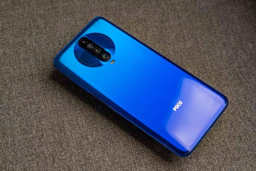 POCO X2 Design back cameras blue color