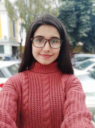 POCO X2 - Portrait Selfie - Sample 1