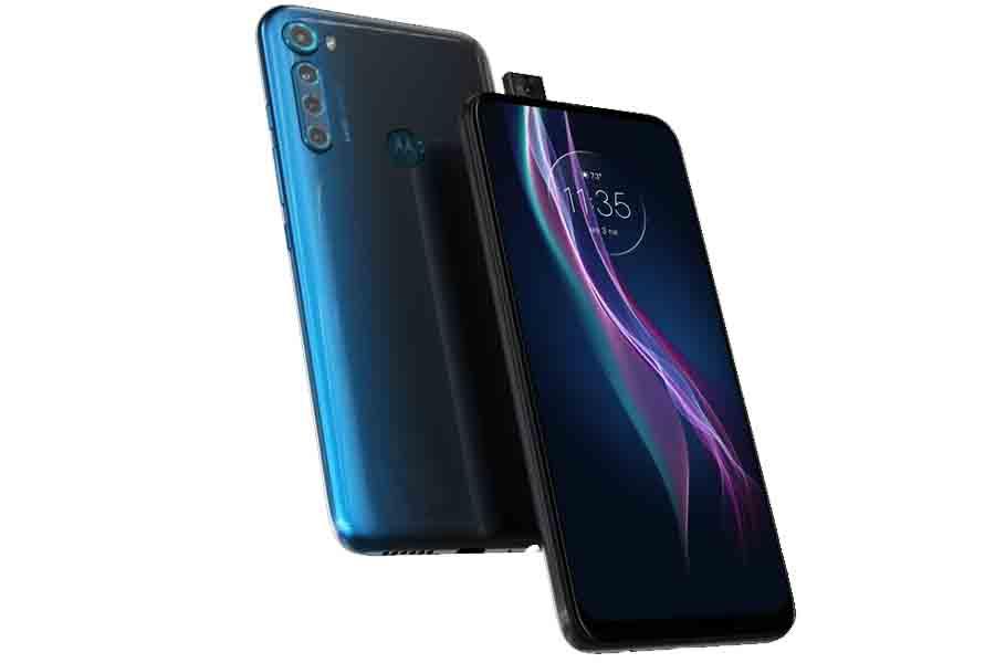 Motorola One Fusion+ design display