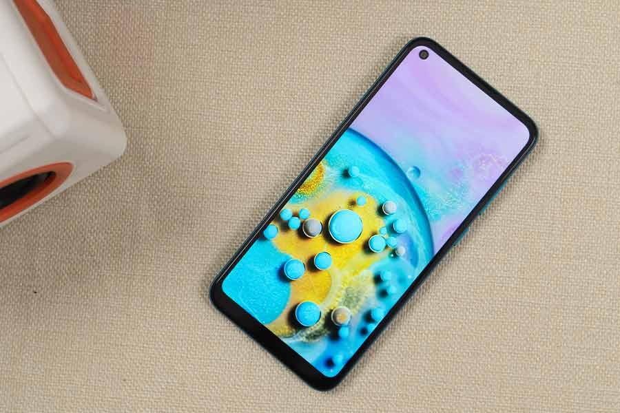 Samsung Galaxy M11 - Display [1]