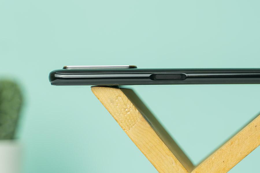 realme 6 pro side mounted fingerprint sensor