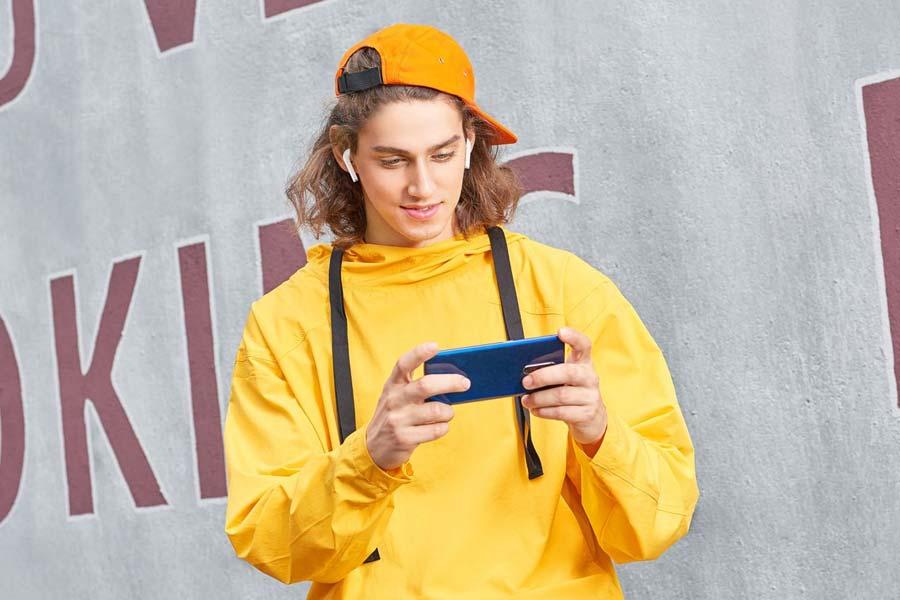 Realme Buds Air Best Budget TWS earphones under Rs.10,000 in Nepal