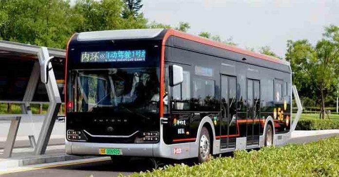 Zhengzhou Autopilot bus line self driving AI IoT 5G