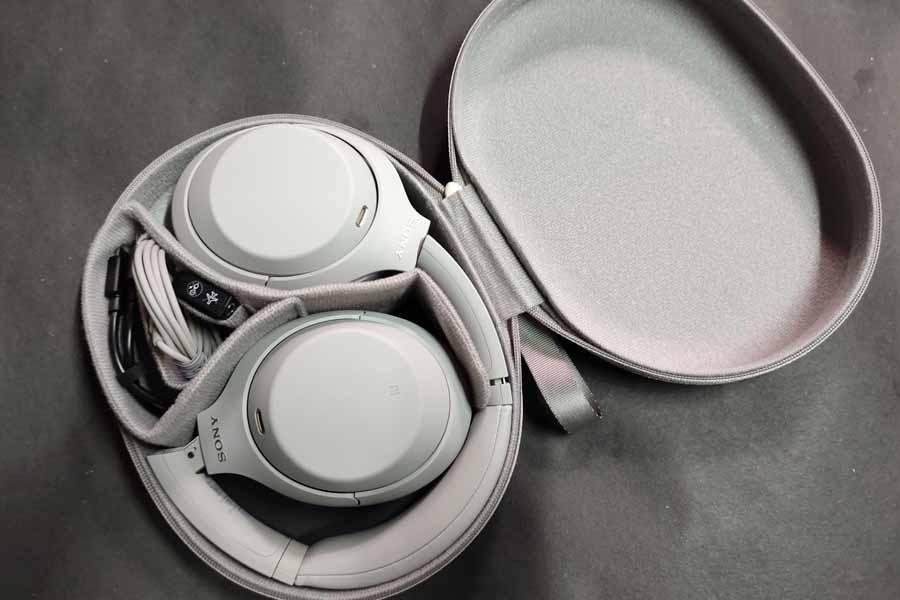 Sony WH-1000XM4 Headphone - Accessories