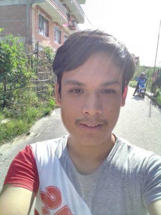 Nokia C3 - Selfie 1
