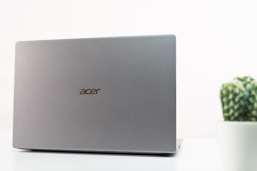 acer swift 3 LID design