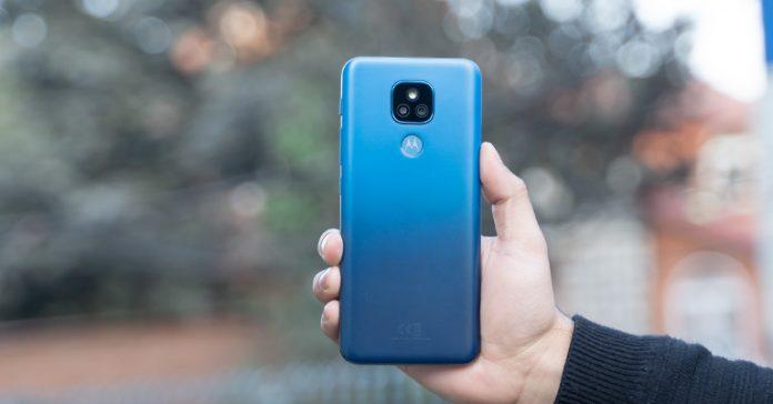 Motorola Moto E7 Plus Review