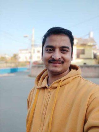 Note 9 Pro Max - vs - Portrait Selfie 2